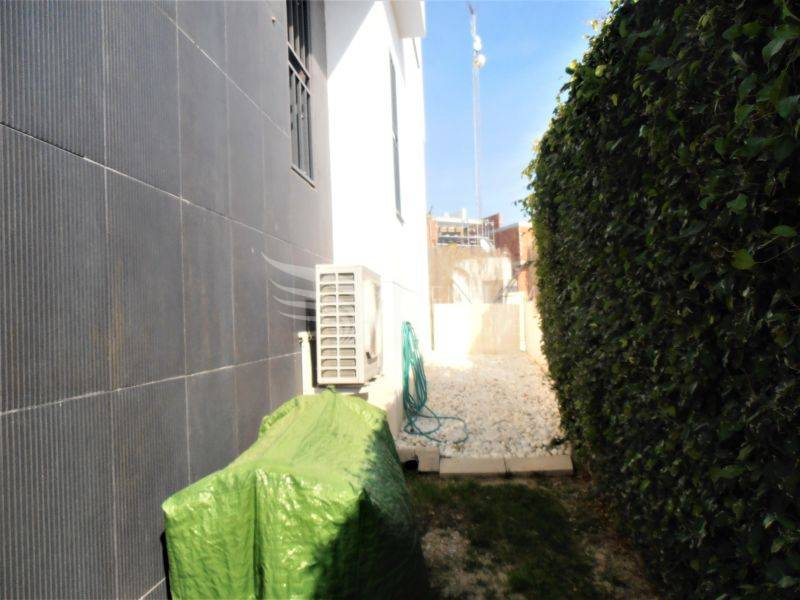Resale - Semi-Detached - Villamartin