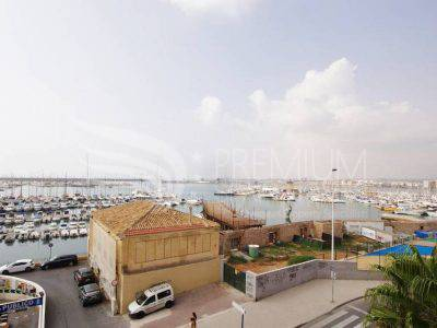Resale - Apartment - Torrevieja - Paseo maritimo