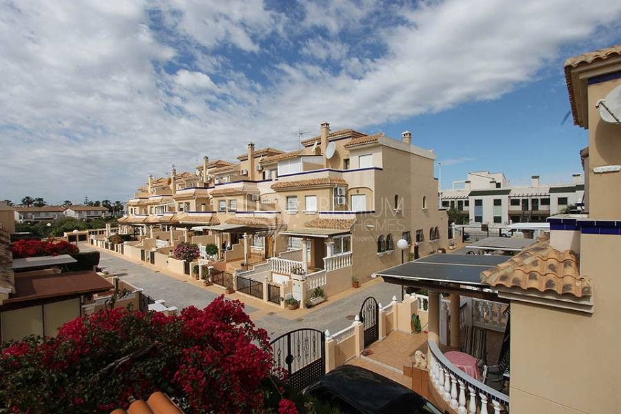 Sale - Semi-Detached - Orihuela Costa - La Zenia