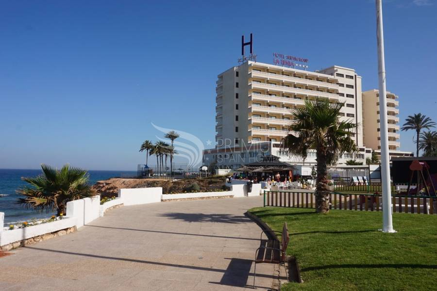 Resale - Semi-Detached - Orihuela Costa - La Zenia