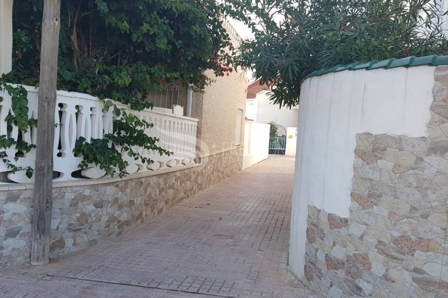 Resale - Semi-Detached - Torrevieja - Calas Blanca