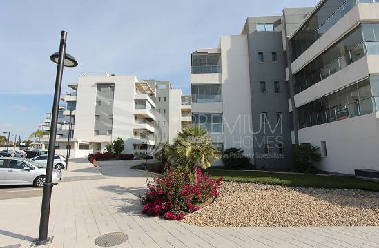 Apartment - Resale - Orihuela - Villamartin Golf